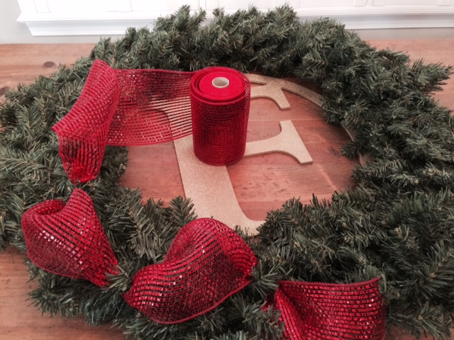 How To Create A Personalized Christmas Wreath